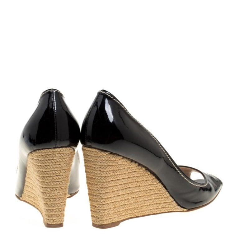 Prada Black Patent Leather Peep Toe Espadrille Wedge Pumps Size 39.5 For Sale 1