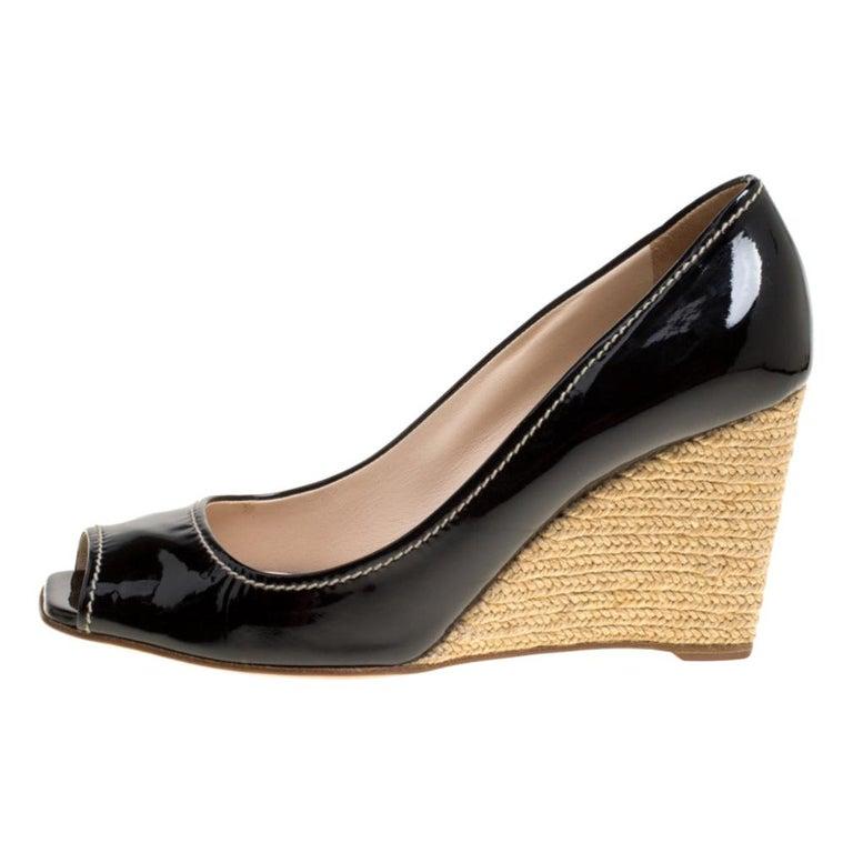 Prada Black Patent Leather Peep Toe Espadrille Wedge Pumps Size 39.5 For Sale