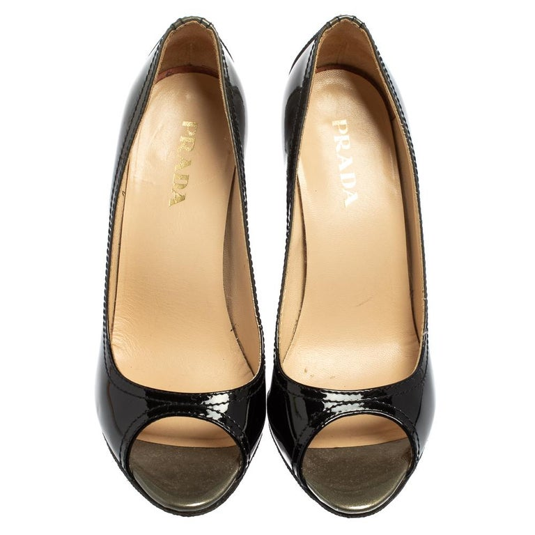 Women's Prada Black Patent Leather Peep Toe Pumps Size 36.5 For Sale