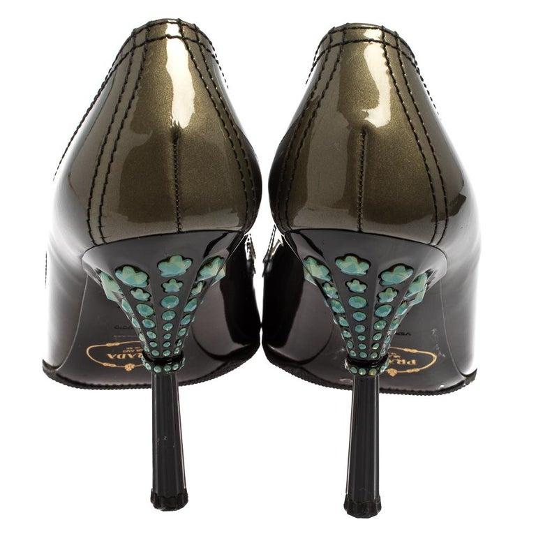 Prada Black Patent Leather Peep Toe Pumps Size 36.5 For Sale 3