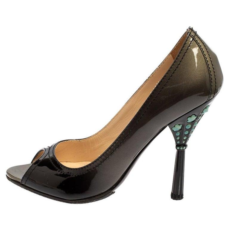 Prada Black Patent Leather Peep Toe Pumps Size 36.5 For Sale