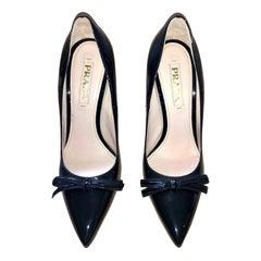 Prada Black Patent Leather Point Toe w/ Small Center Bow & Stiletto Heel Shoes