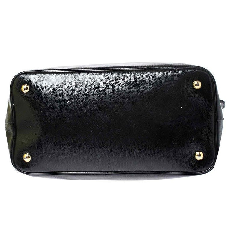 Prada Black Patent Leather Vernic Shopper Tote For Sale 3