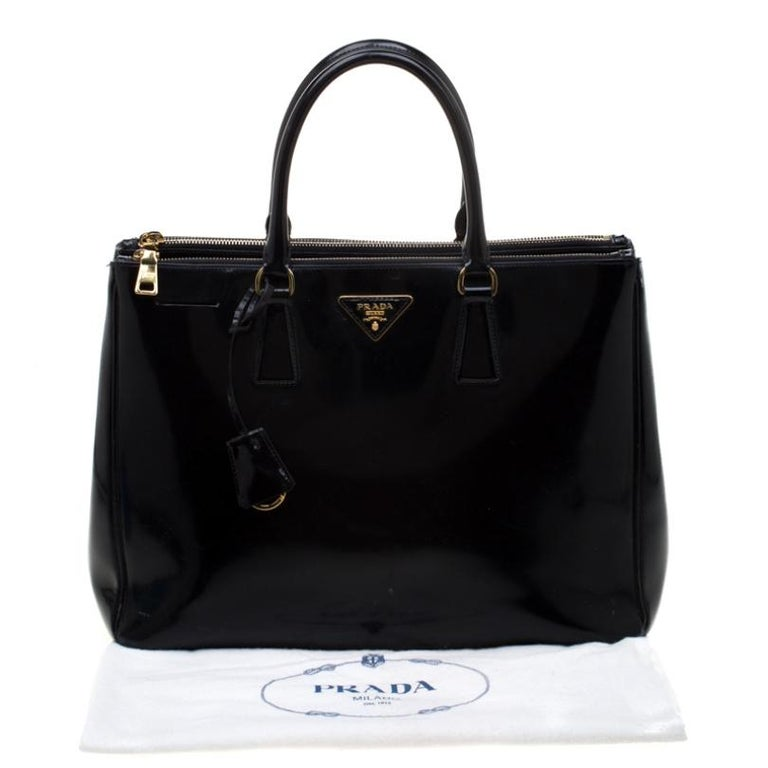 Prada Black Patent Spazzolato Leather Large Double Zip Tote For Sale 7
