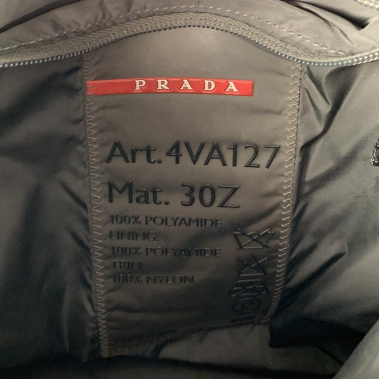 PRADA Black Polyamide Canvas Messenger Handbag For Sale 3