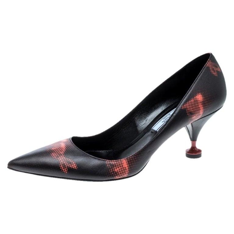 Prada Black Printed Leather Kitten Heels Pumps Size 36.5 For Sale