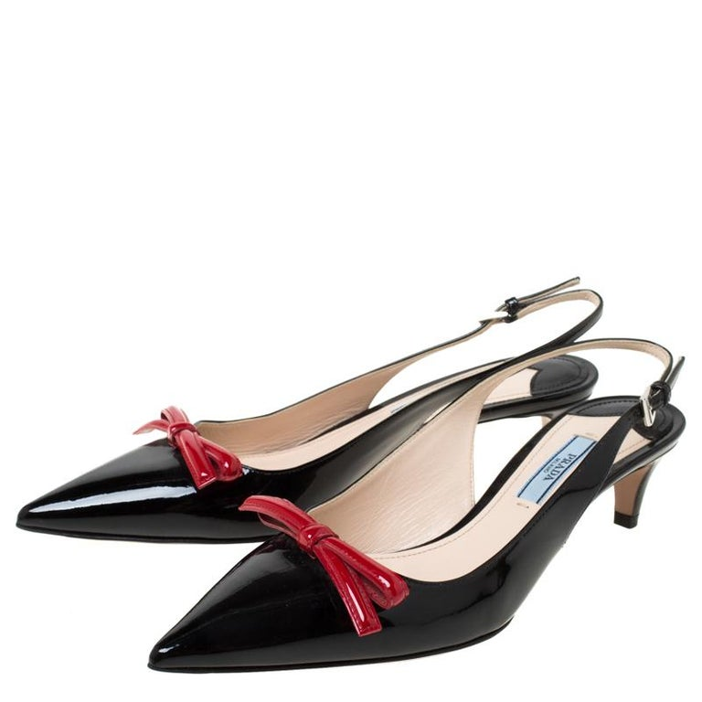 Prada Black/Red Patent Leather Bow Pointed Toe Slingback Sandals Size 38 For Sale 3