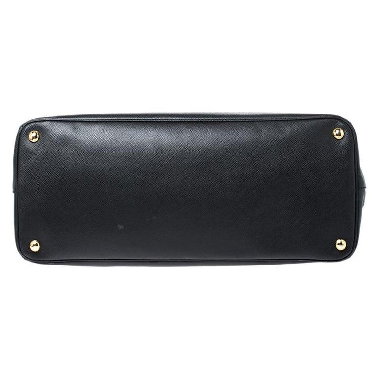 Prada Black Saffiano Leather Executive Double Zip Tote For Sale 1