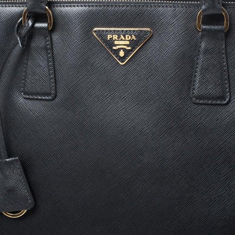 Prada Black Saffiano Leather Executive Double Zip Tote For Sale 3