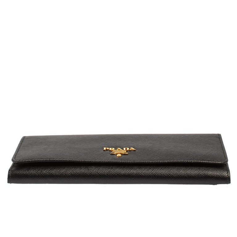 Women's Prada Black Saffiano Leather Flap Continental Wallet For Sale