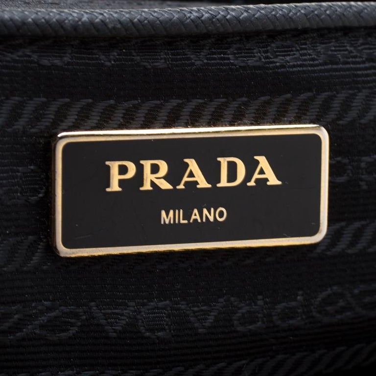 Prada Black Saffiano Leather Medium Double Zip Tote For Sale 1