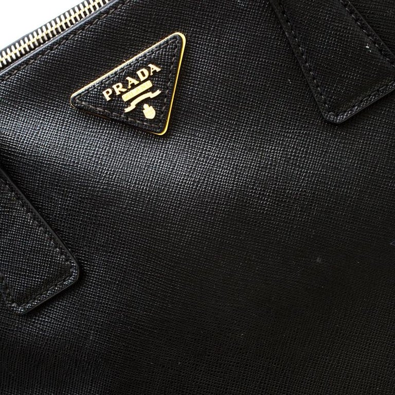 Prada Black Saffiano Leather Medium Double Zip Tote For Sale 3