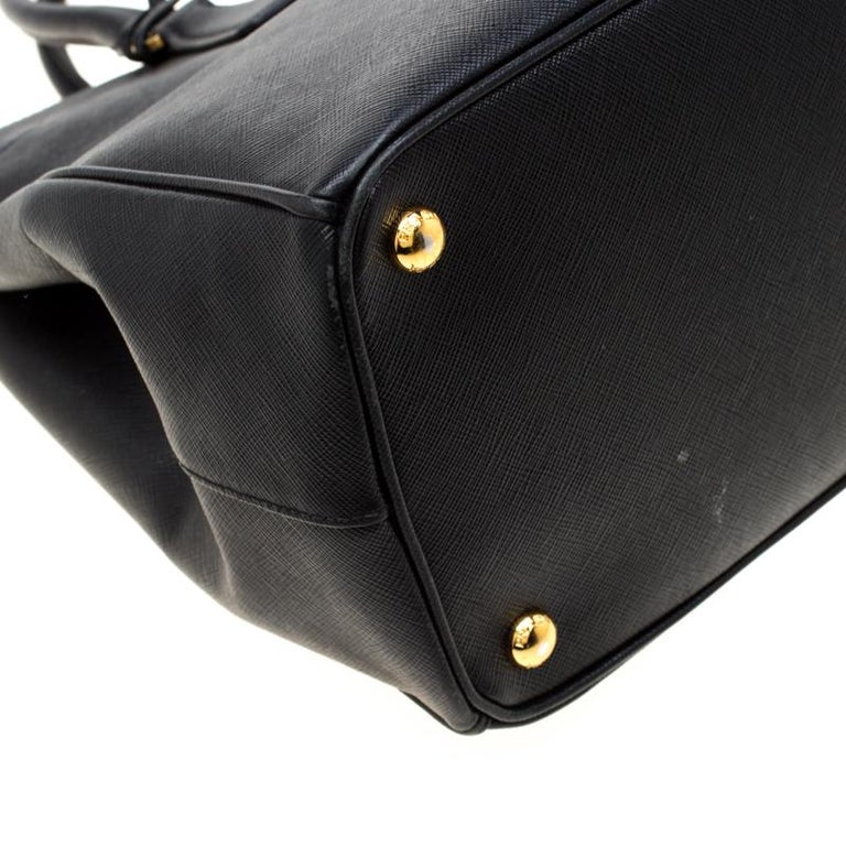 Prada Black Saffiano Leather Medium Double Zip Tote For Sale 5