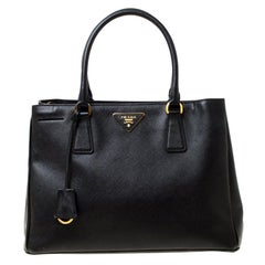 Prada Black Saffiano Leather Medium Galleria Tote