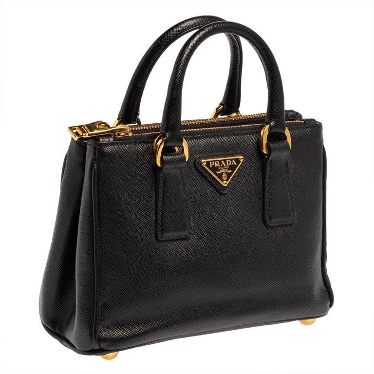 Prada Black Saffiano Leather Mini Double Zip Crossbody Bag In Good Condition For Sale In Dubai, Al Qouz 2