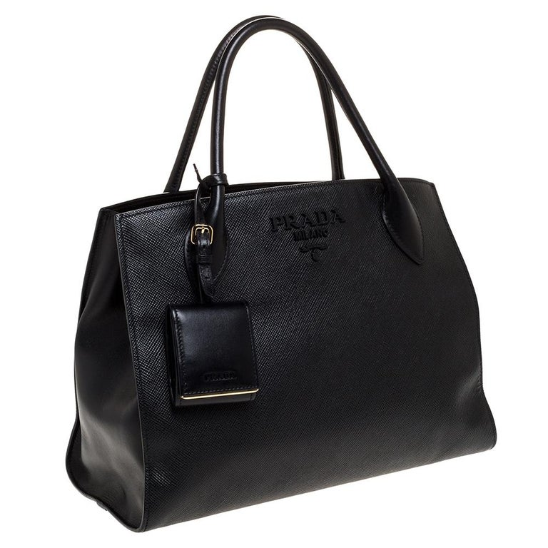 Women's Prada Black Saffiano Leather Monochrome Tote For Sale