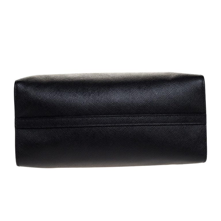 Prada Black Saffiano Leather Monochrome Tote For Sale 1
