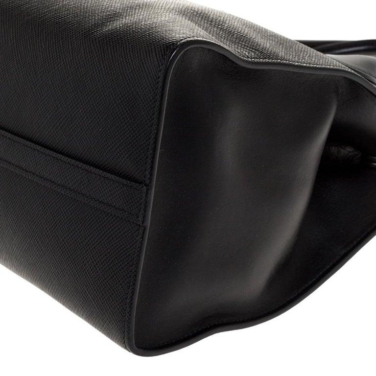 Prada Black Saffiano Leather Monochrome Tote For Sale 5