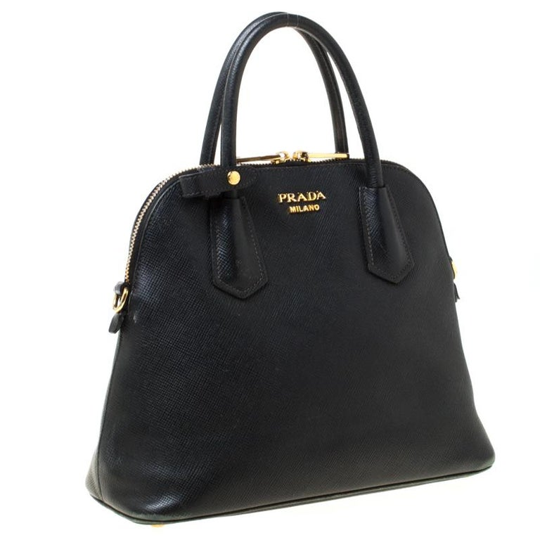Prada Black Saffiano Leather Promenade Satchel In Good Condition For Sale In Dubai, Al Qouz 2