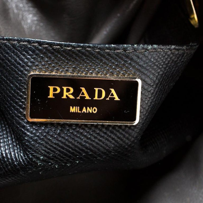 Prada Black Saffiano Leather Promenade Satchel For Sale 1