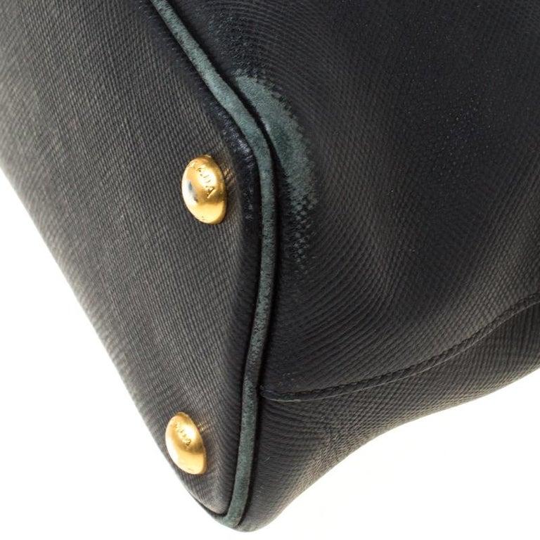 Prada Black Saffiano Leather Promenade Satchel For Sale 5