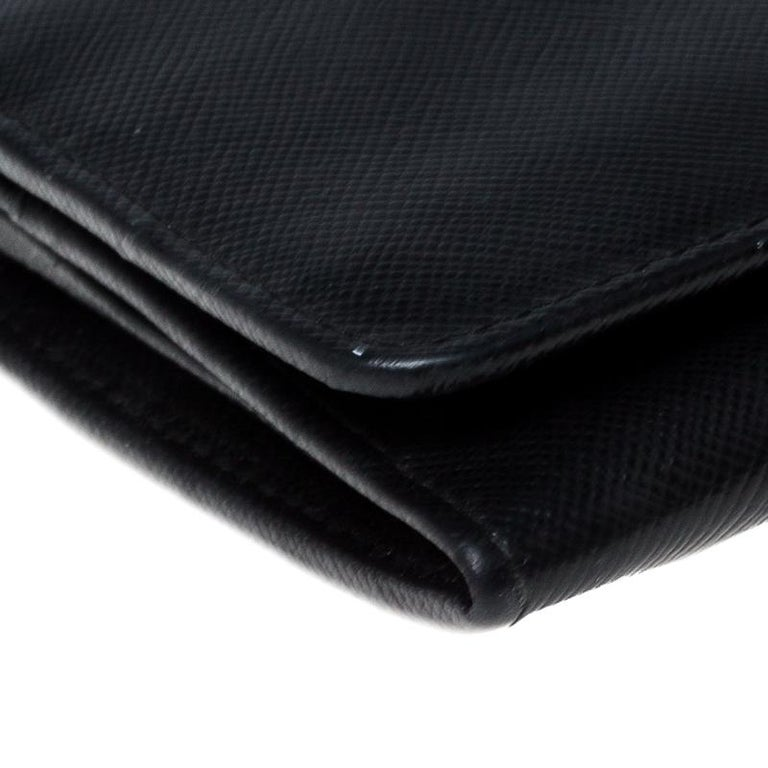 Prada Black Saffiano Lux Leather Continental Wallet For Sale 2