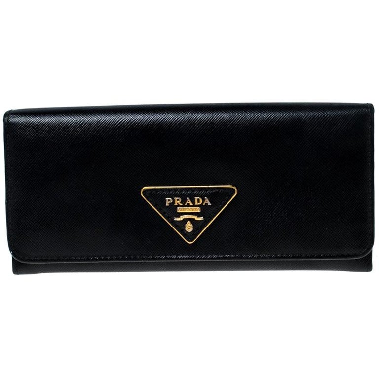 Prada Black Saffiano Lux Leather Continental Wallet For Sale