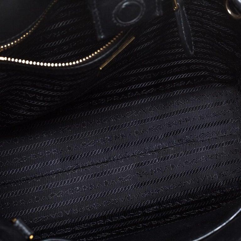 Prada Black Saffiano Lux Leather Galleria Tote For Sale 2