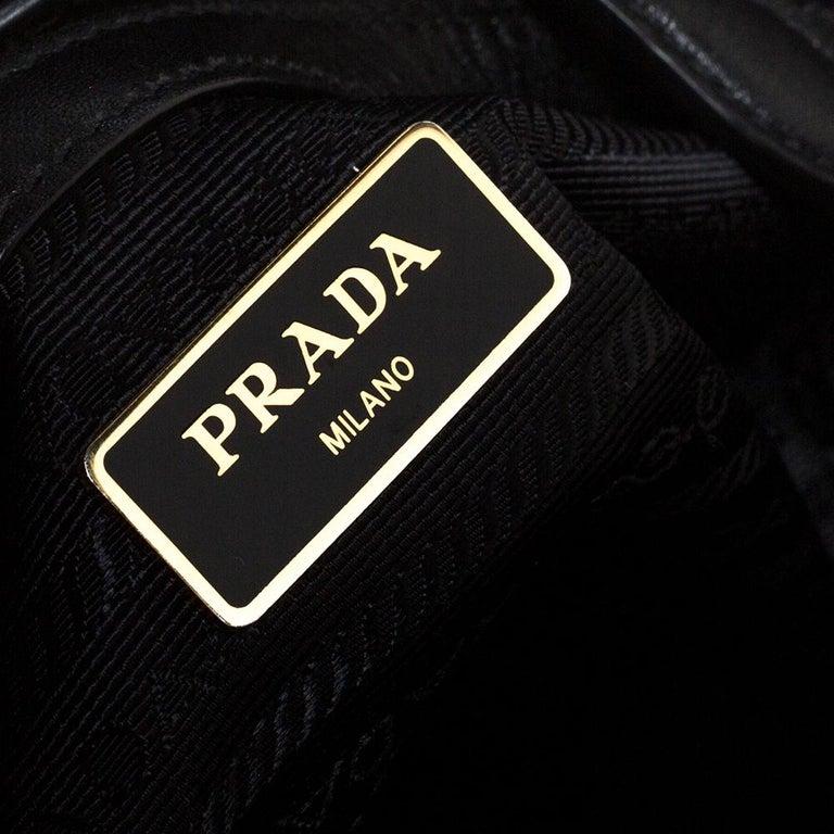 Prada Black Saffiano Lux Leather Galleria Tote For Sale 3