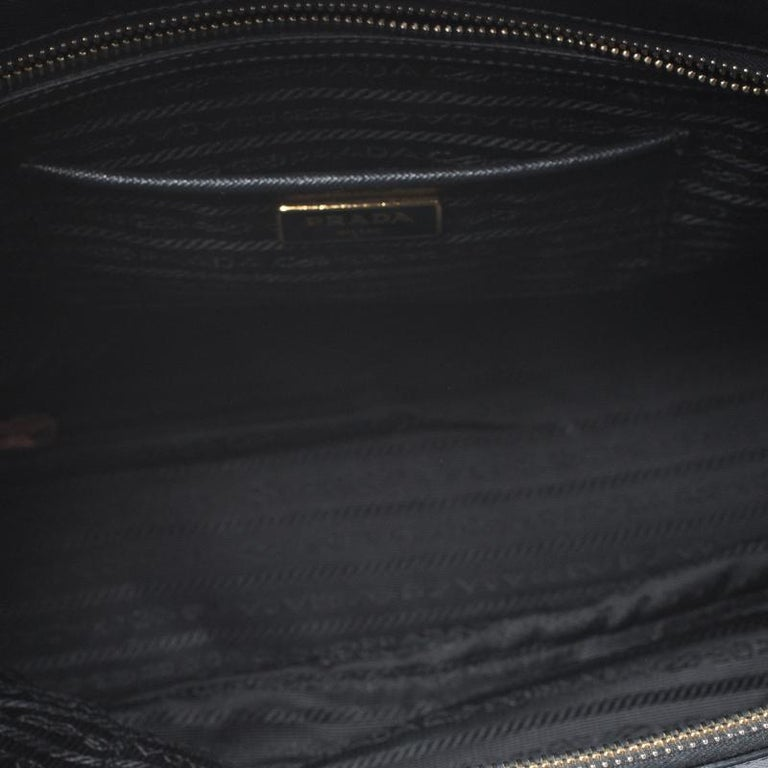 Prada Black Saffiano Lux Leather Large Double Zip Tote For Sale 6