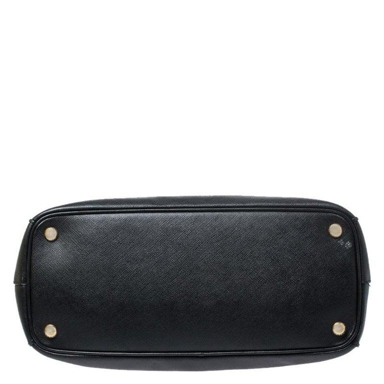 Prada Black Saffiano Lux Leather Medium Galleria Double Zip Tote For Sale 4