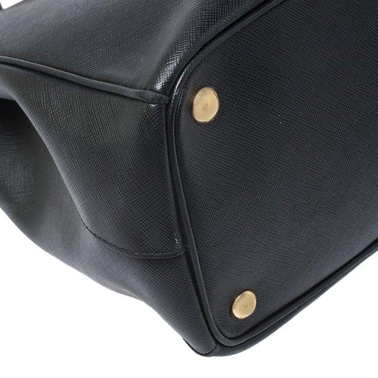 Prada Black Saffiano Lux Leather Medium Galleria Double Zip Tote For Sale 5