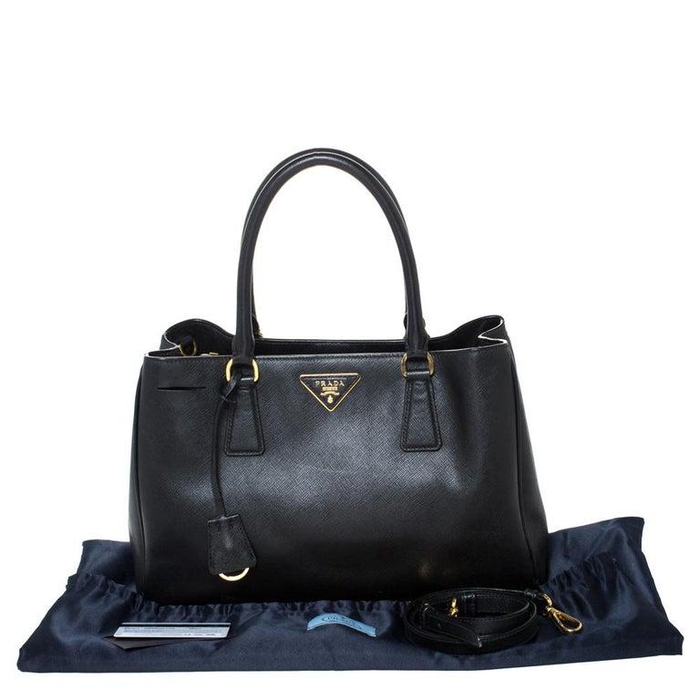 Prada Black Saffiano Lux Leather Medium Galleria Tote For Sale 7