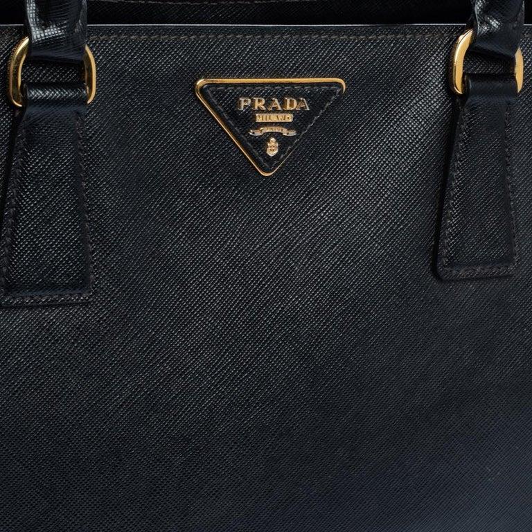 Prada Black Saffiano Lux Leather Medium Tote For Sale 2