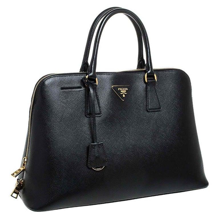 Women's Prada Black Saffiano Lux Leather Promenade Bag For Sale