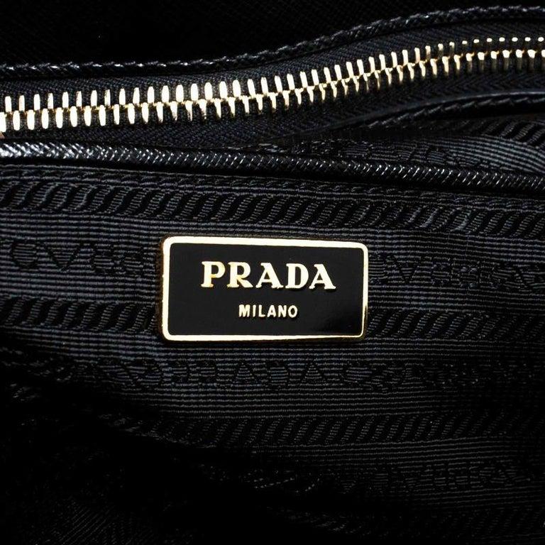 Prada Black Saffiano Lux Leather Promenade Bag For Sale 3