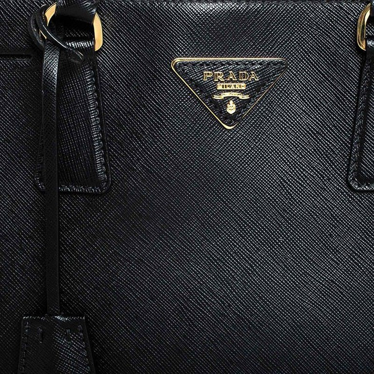 Prada Black Saffiano Lux Leather Promenade Bag For Sale 5
