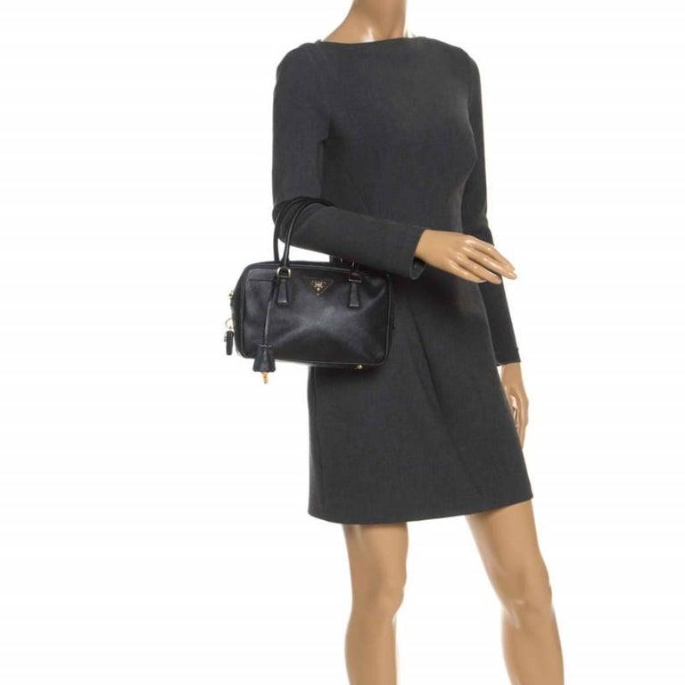 Prada Black Saffiano Lux Leather Satchel In Good Condition For Sale In Dubai, Al Qouz 2