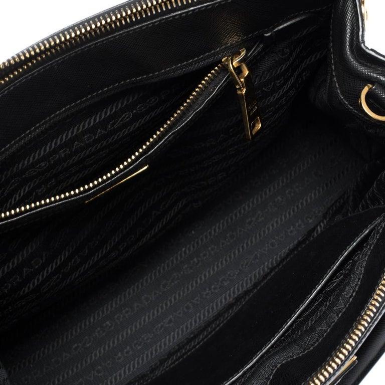 Prada Black Saffiano Lux Leather Small Double Zip Tote For Sale 6