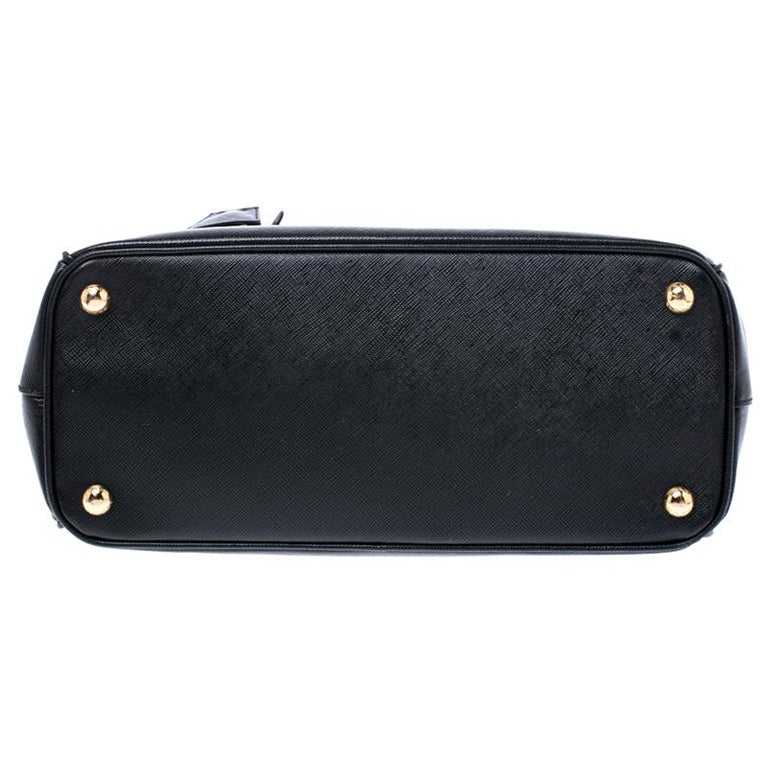 Prada Black Saffiano Lux Leather Small Double Zip Tote For Sale 1