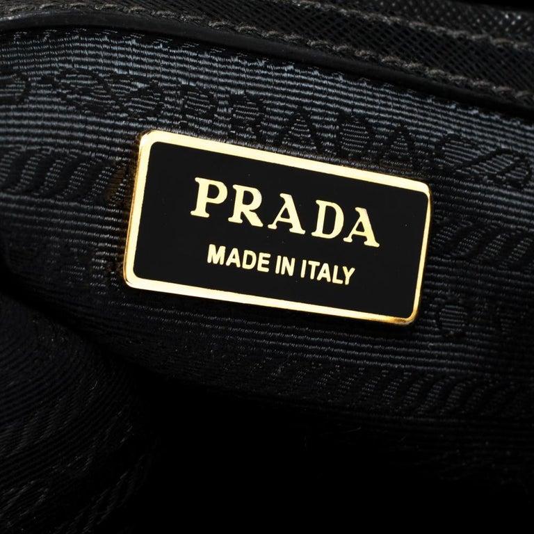 Prada Black Saffiano Lux Leather Small Double Zip Tote For Sale 5