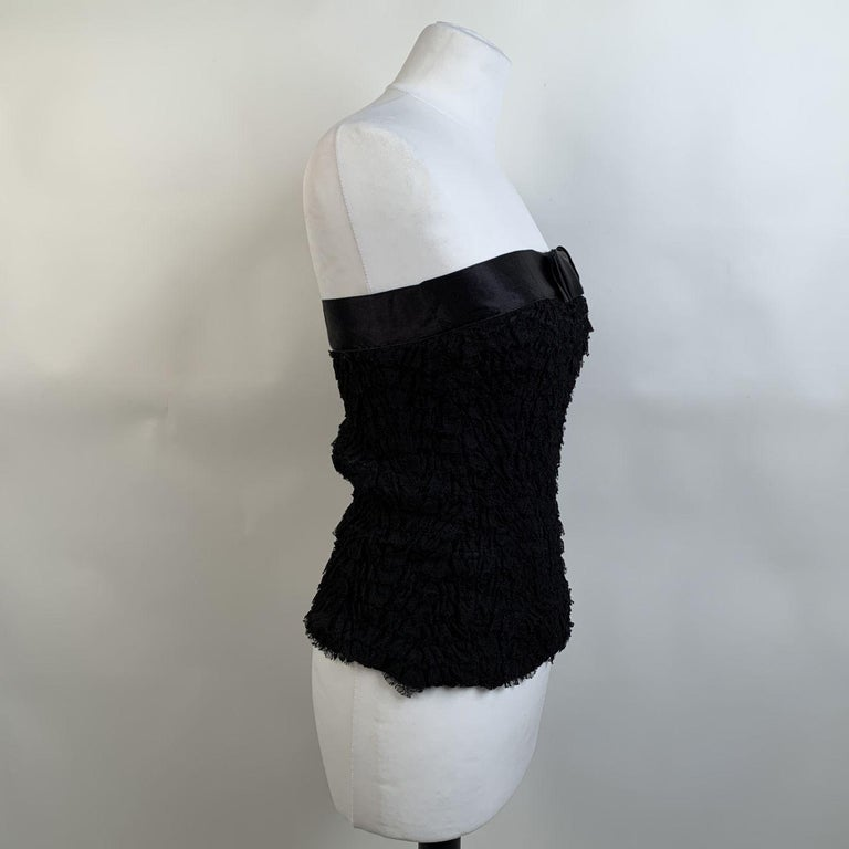 Prada Black Silk Lace Bustier Strapless Top with Bow Size 40 In Excellent Condition For Sale In Rome, Rome