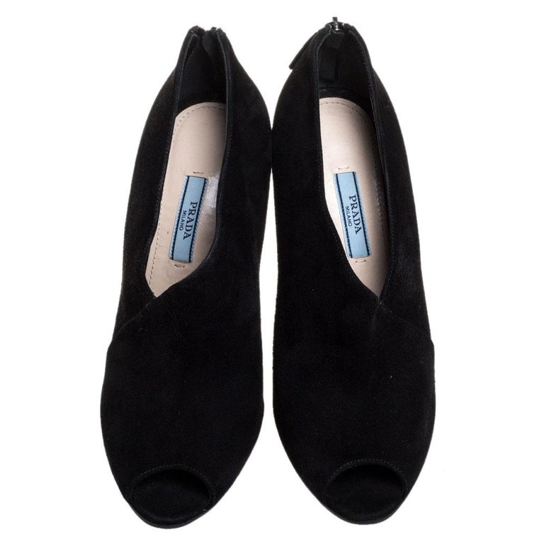 Prada Black Suede Leather Peep Toe Ankle Booties Size 38.5 In Good Condition For Sale In Dubai, Al Qouz 2