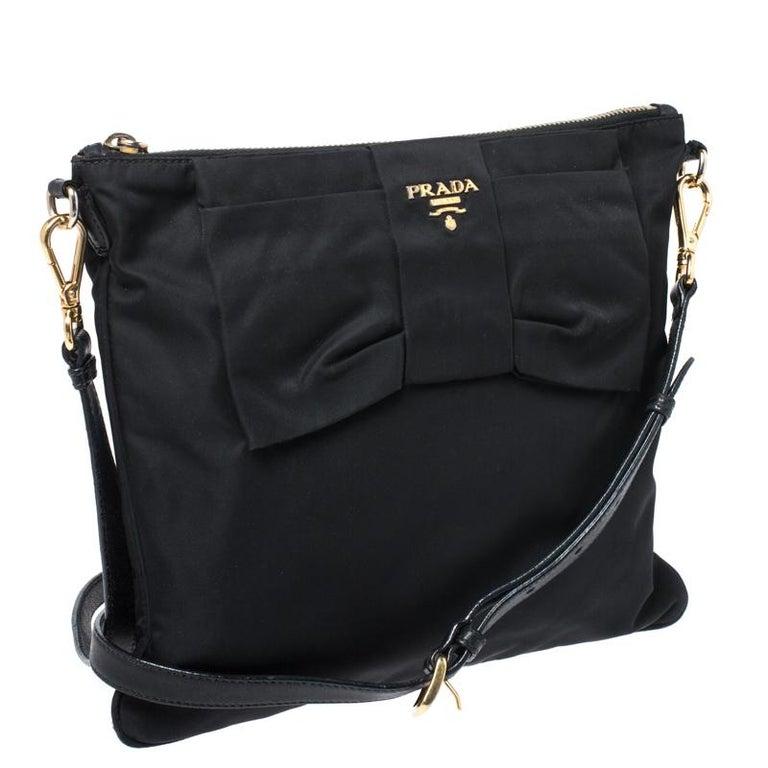 Women's Prada Black Tessuto Nylon Crossbody Bag For Sale