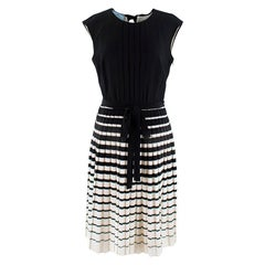 Prada black & white a-line silk pleated dress S 42