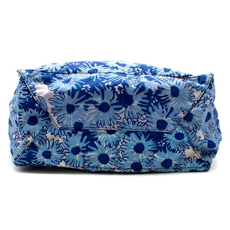 Women's Prada Blue Floral Nylon Tote For Sale