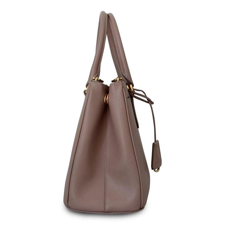 Prada Blue Galleria Medium Bag In New Condition For Sale In Gazzaniga (BG), IT