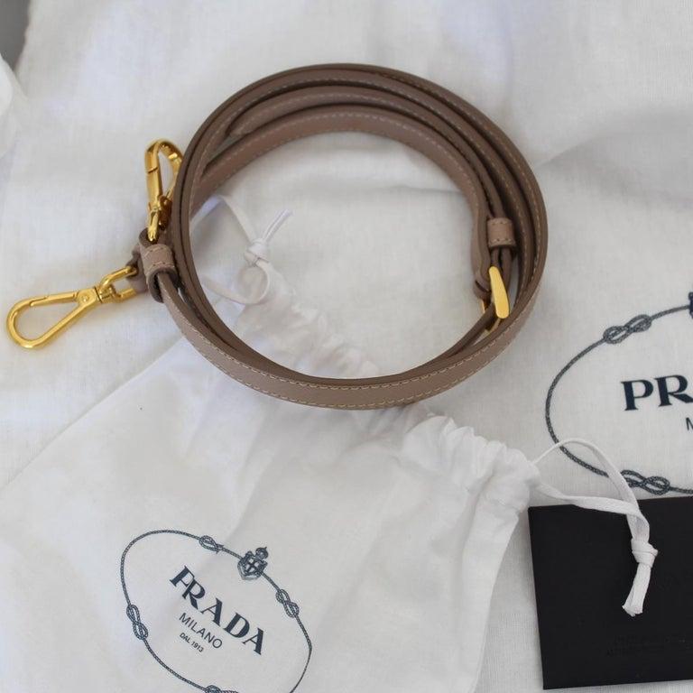 Prada Blue Galleria Medium Bag For Sale 5