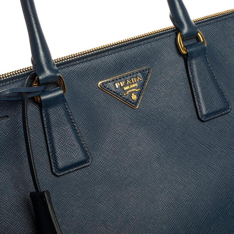 Prada Blue Saffiano Lux Leather Large Double Zip Tote For Sale 9