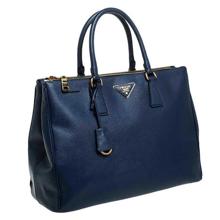 Women's Prada Blue Saffiano Lux Leather Large Double Zip Tote For Sale